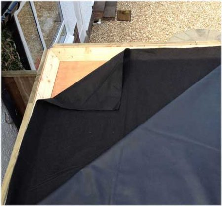 Geotextile roof liner protection