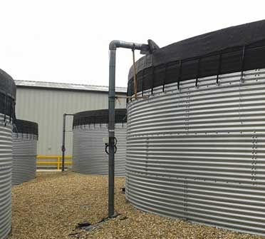 Agricultural Tanks with Anti Algae Covers