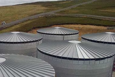 Storage Tanks: 251,000 to 1,200,000 Litres
